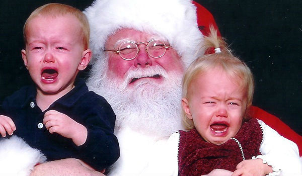 santa-claus-making-kids-cry-since-forever-funny